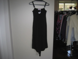 Black sleeveless breastfeeding dress